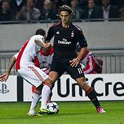 NLD/Amsterdam/20100928 - Champions Leaguewedstrijd Ajax - AC Milan, Zlatan Ibrahimovic in duel met Gregory van der Wiel