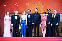May 22, 2019 - Cannes, Provence-Alpes-Cote d'Azu, France - 72eme Festival International du Film de Cannes. Montée des marches du film ''Roubaix, une lumiere (Oh Mercy!)''. 72th International Cannes Film Festival. Red Carpet for ''Roubaix, une lumiere (Oh Merci!)'' movie.....239726 2019-05-22 Provence-Alpes-Cote d'Azur Cannes France.. Zem, Roschdy; Desplechin, Arnaud; Forestier, Sara; Seydoux, Léa; Reinartz, Antoine (Credit Image: © Philippe Farjon/Starface via ZUMA Press)
