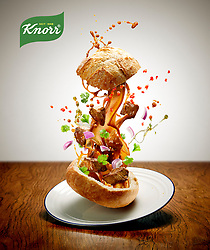 Series of images created for Knorr campaign. Images of healthy recipes with dynamic approach to food photography. Weightlessness, defying gravity, everything from the tasty food ingredients to the condiments is floating in midair.