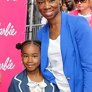 NLD/Amsterdam/20120909- Filmpremiere Barbie, Sabrina Stark met dochter
