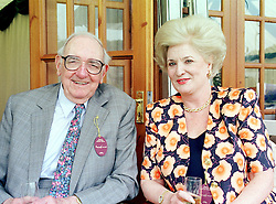 SIR MALDWYN and DAME MAUREEN THOMAS at a <br /> luncheon in Berkshire on 14th May 2000.OEA 15