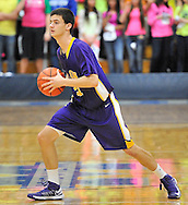 Avon at Midview boys varsity basketball on January 11, 2013. Images © David Richard and may not be copied, posted, published or printed without permission.