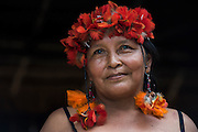 Wapishana headdress<br /> Wai Wai territory, region 9<br /> Parabara<br /> GUYANA<br /> South America<br /> Macaw feathers<br /> Deborah Charlie
