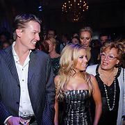 NLD/Amsterdam/20121112 - Beau Monde Awards 2012, Sylvie van der Vaart en familie