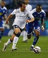 Photo: Steve Bond/Sportsbeat Images.<br /> Leicester City v West Bromwich Albion. Coca Cola Championship. 08/12/2007. Filipe Teixeira (L) beats Darren Kenton (R)