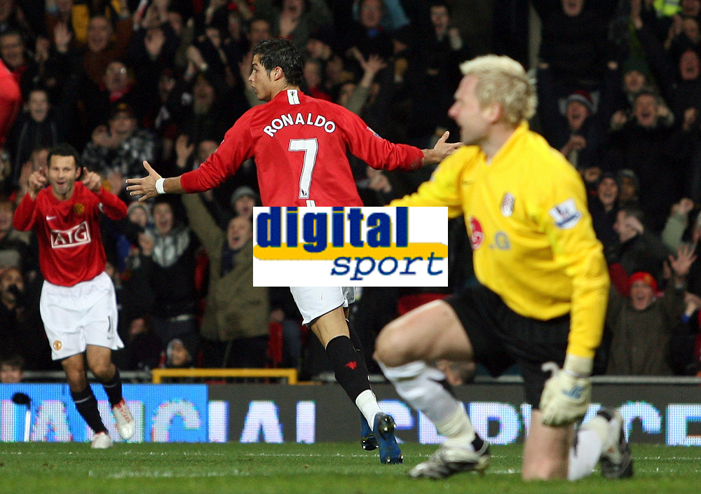 Photo: Paul Thomas/Sportsbeat Images.<br />Manchester United v Fulham. The FA Barclays Premiership. 03/12/2007.<br /><br />Cristiano Ronaldo (7) of Man Utd celebrates his goal with teammate Ryan Giggs (L).