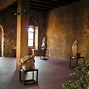 Taormina: mostra permanente dello scultore Mazzulo nel palazzo Duchi Di Stefano..Taormina: Mazzullo's permanent exibition  in Duchi Di Stefano palace
