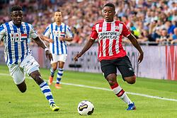 26-07-2016: Voetbal: PSV v Eindhoven: Eindhoven<br /> L-R Augustine Loof (FC Eindhoven), Steven Bergwijn (PSV)<br /> Lichtstad Cup, eredivisie/eerste divisie<br /> Seizoen 2016-2017