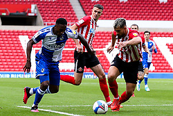 Brandon Hanlan of Bristol Rovers takes on Bailey Wright of Sunderland - Mandatory by-line: Robbie Stephenson/JMP - 12/09/2020 - FOOTBALL - Stadium of Light - Sunderland, England - Sunderland v Bristol Rovers - Sky Bet League One