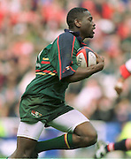 Reading. United Kingdom.   Rugby. England vLondon Irish vs Gloucester Rugby,  Paul Sackey heads for the line after interception a gloucester pass.  [Mandatory Credit; Peter Spurrier/Intersport Images]