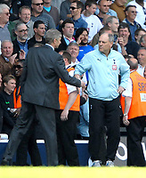 Photo: Ed Godden/Sportsbeat Images.<br /> Tottenham Hotspur v Arsenal. The Barclays Premiership. 21/04/2007. Arsenal Manager Arsene Wenger (L), shakes hands at the end of the game with Spurs' Manager Martin Jol.