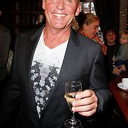 NLD/Hoorn/20111201- Boekpresentatie Sonja Bakker ' Winterslank ', Jan Reus