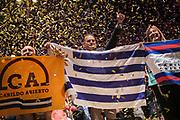 Pablo Vignali/ URUGUAY/ MONTEVIDEO/ Acto de cierre de campaña de Cabildo Abierto en la Calle Constituyente esquina Jackson, frente a la sede central. <br /> <br /> Hicieron uso de la palabra Irene Moreira, Guillermo Domenech, y Guido Manini Ríos.<br /> <br /> <br /> <br /> En la foto: Cierre de campaña de Cabildo Abierto. Foto: Pablo Vignali / adhocFOTOS<br /> <br /> <br /> <br /> 20191023; día miércoles