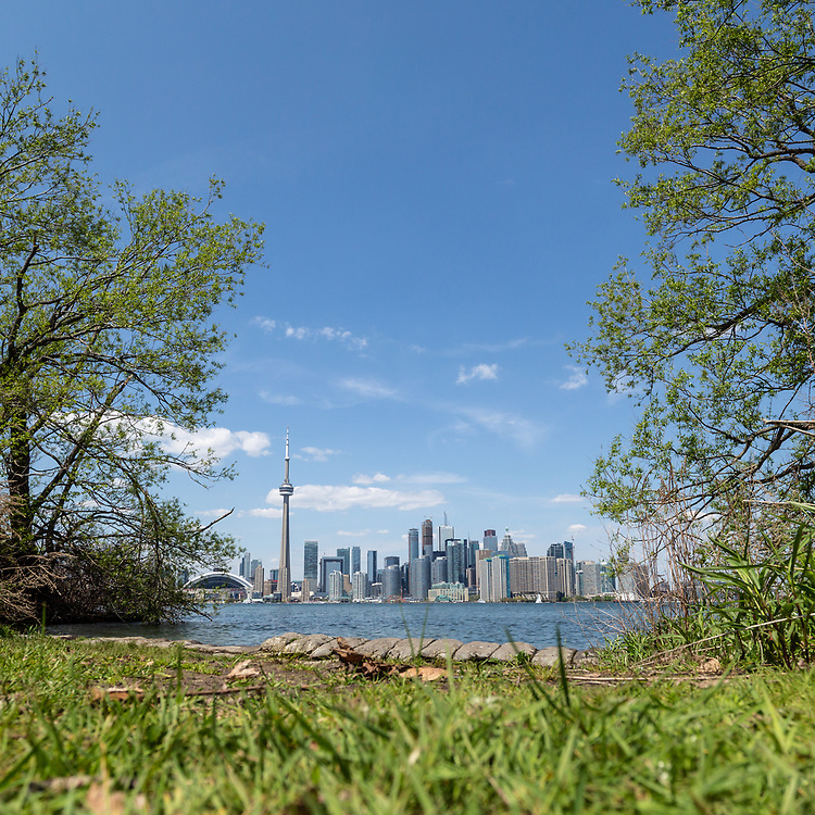 https://Duncan.co/downtown-toronto-from-center-island