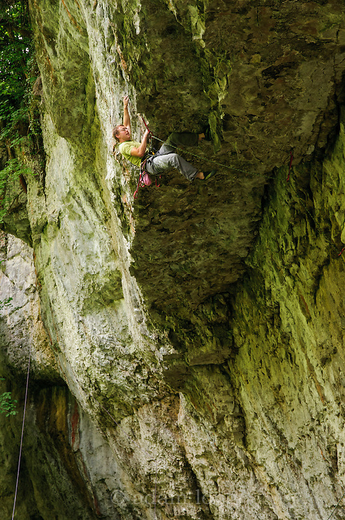 Ben Bransby on the Jug Jockey, 7c+, the Cornice, Chee Dale