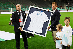 Radenko Mijatovic, president of NZS thanking to Valter Birsa after he finished his career in Slovenian National team prior to the football match between National Teams of Slovenia and Bulgaria in Final Tournament of UEFA Nations League 2019, on September 6, 2018 in SRC Stozice, Ljubljana, Slovenia. Photo by Morgan Kristan / Sportida