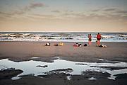 Zwemmen in de zee bij het Zuiderstand Den Haag | Swimming in the sea near South beach, The Hague