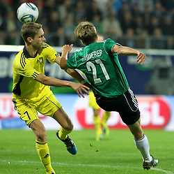 28.07.2011, Keine Sorgen Arena, Ried im Innkreis, AUT, UEFA EL Qualifikation, SV Josko Ried vs Brondby IF, im Bild(v.l.n.r.)Clarence Goodson, (Brøndby IF, Defense, #7) und Markus Hammerer, (SV Josko Ried, #21) // during football match between SV Josko Ried (AUT) and Brondby IF (DEN) 1st Leg of Europa League third Qualifying Round, on July 28, 2011 at Keine Sorgen Arena Ried im Innkreis, Austria. EXPA Pictures © 2011, PhotoCredit: EXPA/ R. Hackl