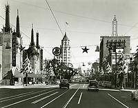 1947 Hollywood Blvd. at Christmastime