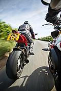 Ariel Ace vs Triumph Speed R