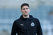 Federico Fernandez (#18) of Newcastle United arrives ahead the Premier League match between Newcastle United and Fulham at St. James's Park, Newcastle, England on 22 December 2018.