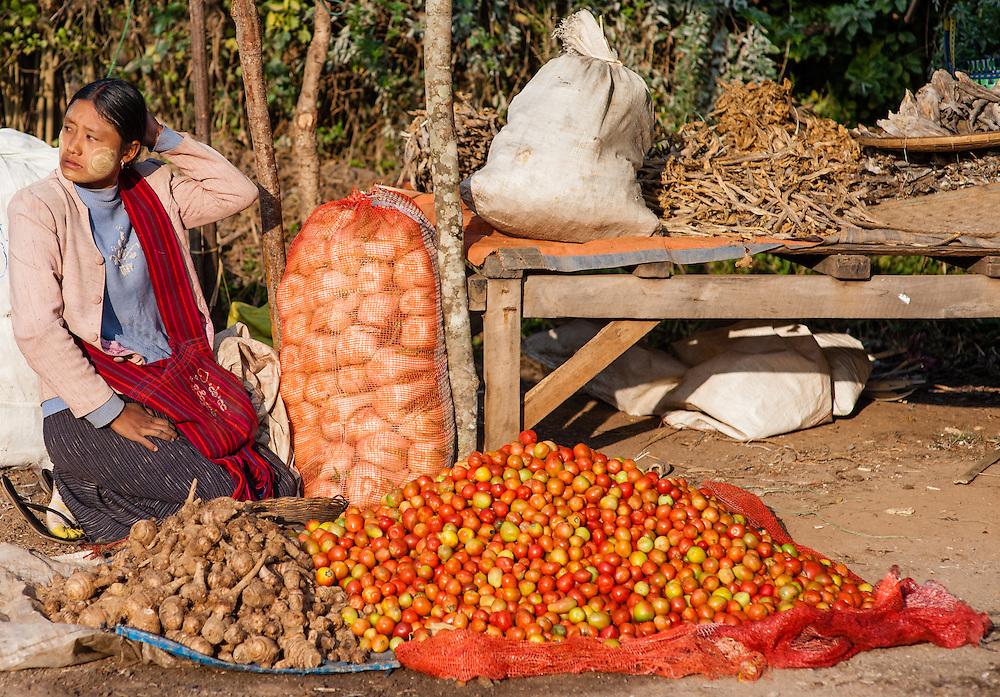 Vegetable seller on local market in Kalaw (Myanmar)
