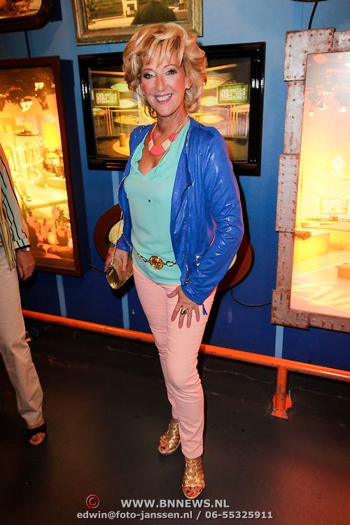 NLD/Hilversum/20120821 - Perspresentatie RTL Nederland 2012 / 2013, Golden Girls, Loes Luca