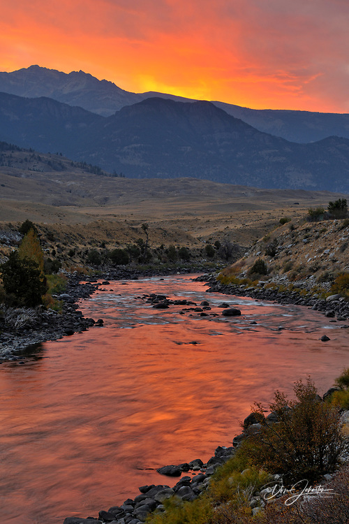Sunset reflections in the Yellowstone River, Gardiner, Montana, USA