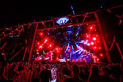 Dennis DJ durante a 25ª edição do Planeta Atlântida. O maior festival de música do Sul do Brasil ocorre nos dias 31 Janeiro e 01 de fevereiro, na SABA, praia de Atlântida, no Litoral Norte do Rio Grande do Sul. FOTO: <br /> Diego Vara/ Agência Preview