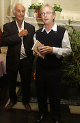 Rodney Shields and Franc Roddam, Franc Roddam and Frost French host a party to celebrate the publication of ' Margarita's Olive Press' by Rodney Shileds. 1 Greek St. Soho Sq. London. 15 September 2005.  ONE TIME USE ONLY - DO NOT ARCHIVE  © Copyright Photograph by Dafydd Jones 66 Stockwell Park Rd. London SW9 0DA Tel 020 7733 0108 www.dafjones.com