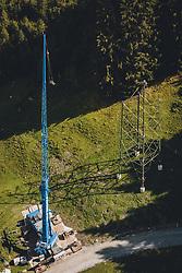 THEMENBILD - Baustelle der 380-kV Salzburgleitung mit einem halbfertigem Hochspannungsmast und Fahrzeugkran, aufgenommen am 11. September 2020 in Kaprun, Österreich // Construction site of the 380 kV Salzburg line with a partly completed high voltage pylon and truck-mounted crane, Kaprun, Austria on 2020/09/11. EXPA Pictures © 2020, PhotoCredit: EXPA/ JFK