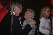 Martin Summers, Dame Vivien Duffield and Mrs. Alfred TaubmanCartier party to celebrate the Blooming of a precious jewel. the Orangery. Kensington Palace. London.  25 October 2005. October 2005. ONE TIME USE ONLY - DO NOT ARCHIVE © Copyright Photograph by Dafydd Jones 66 Stockwell Park Rd. London SW9 0DA Tel 020 7733 0108 www.dafjones.com