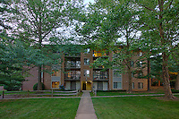 Architectural Photography of Columbia  Maryland Apartment Building Lazy Hollow by Jeffrey Sauers of Commercial Photographics