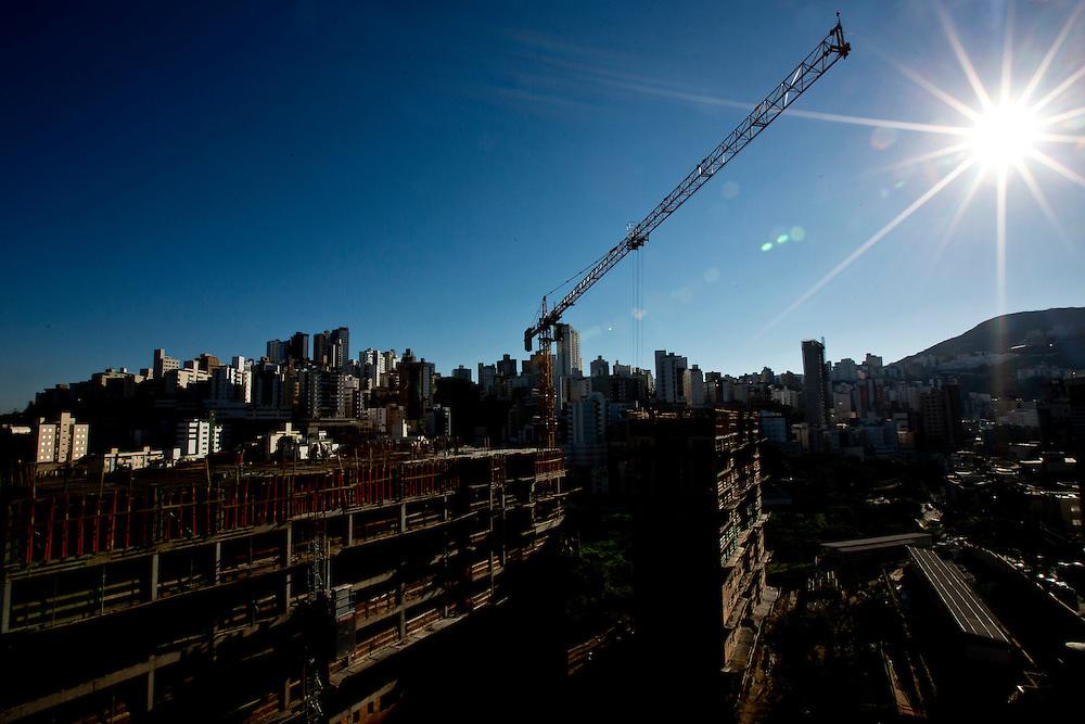 Belo Horizonte_MG, Brasil.<br /> <br /> Obras do predio EcoVitae em Belo Horizonte, Minas Gerais.<br /> <br /> Construction of the building EcoVitae in Belo Horizonte, Minas Gerais.<br /> <br /> Foto: LEO DRUMOND / NITRO