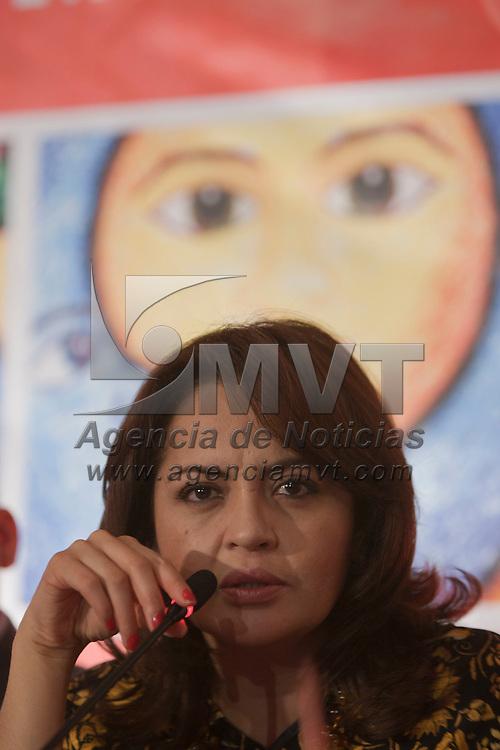 METEPEC, Mexico.- La presidenta municipal Ana Lilia Herrera Anzaldo, anuncio el programa de la vigecima edicion de festival de arte y cultura Quimera 2011. Agencia MVT / Mario Vazquez de la Torre. (DIGITAL)