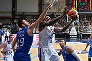 DESCRIZIONE : Cantu, Lega A 2015-16 Acqua Vitasnella Cantu' Enel Brindisi<br /> GIOCATORE : Awudu Abass<br /> CATEGORIA : Tiro sequenza<br /> SQUADRA : Acqua Vitasnella Cantu'<br /> EVENTO : Campionato Lega A 2015-2016<br /> GARA : Acqua Vitasnella Cantu' Enel Brindisi<br /> DATA : 31/10/2015<br /> SPORT : Pallacanestro <br /> AUTORE : Agenzia Ciamillo-Castoria/I.Mancini<br /> Galleria : Lega Basket A 2015-2016  <br /> Fotonotizia : Cantu'  Lega A 2015-16 Acqua Vitasnella Cantu'  Enel Brindisi<br /> Predefinita :