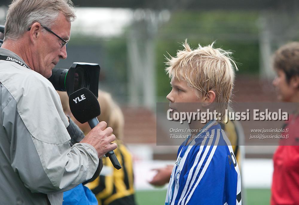 Joel Pohjanpalo finaalivoiton jälkeen. HJK PD13. Helsinki Cup. Finaali. 14.7.2007. Photo: Jussi Eskola