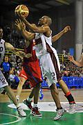 DESCRIZIONE : Casale Monferrato Lega A 2011-12 Novipiu Casale Monferrato Umana Venezia<br /> GIOCATORE : Alvin Young<br /> CATEGORIA : Tiro Penetrazione<br /> SQUADRA : Umana Venezia<br /> EVENTO : Campionato Lega A 2011-2012<br /> GARA : Novipiu Casale Monferrato Umana Venezia<br /> DATA : 25/03/2012<br /> SPORT : Pallacanestro<br /> AUTORE : Agenzia Ciamillo-Castoria/S.Ceretti<br /> Galleria : Lega Basket A 2011-2012<br /> Fotonotizia : Casale Monferrato Lega A 2011-12 Novipiu Casale Monferrato Umana Venezia<br /> Predefinita :