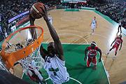 DESCRIZIONE : Treviso Lega A 2011-12 Benetton Basket Treviso Scavolini Siviglia Pesaro<br /> GIOCATORE : marcus goree<br /> CATEGORIA :  schiacciata tiro super special<br /> SQUADRA : Benetton Basket Treviso Scavolini Siviglia Pesaro<br /> EVENTO : Campionato Lega A 2011-2012<br /> GARA : Benetton Basket Treviso Scavolini Siviglia Pesaro<br /> DATA : 07/03/2012<br /> SPORT : Pallacanestro<br /> AUTORE : Agenzia Ciamillo-Castoria/M.Gregolin<br /> Galleria : Lega Basket A 2011-2012<br /> Fotonotizia :  Treviso Lega A 2011-12 Benetton Basket Treviso Scavolini Siviglia Pesaro<br /> Predefinita :
