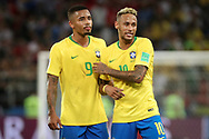 Gabriel Jesus and Neymar of Brazil during the 2018 FIFA World Cup Russia, Group E football match between Erbia and Brazil on June 27, 2018 at Spartak Stadium in Moscow, Russia - Photo Thiago Bernardes / FramePhoto / ProSportsImages / DPPI