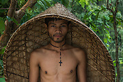 Khasi & bamboo rain shield<br /> Nongriat, Khasi Hills<br /> Meghalaya, ne India<br /> Range: South China, NE India, Burma
