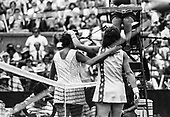 TENNIS OLD BW FH