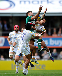 Leicester Tigers fullback Niall Morris claims the ball in the air - Photo mandatory by-line: Patrick Khachfe/JMP - Tel: Mobile: 07966 386802 - 08/09/2013 - SPORT - RUGBY UNION - Welford Road Stadium - Leicester Tigers v Worcester Warriors - Aviva Premiership.