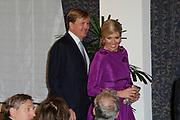 Maxima ontvangt Machiavelliprijs 2011.<br /> <br /> Prinses Máxima is onderscheiden voor haar wijze van communiceren. In perscentrum Nieuwspoort in Den Haag ontvangt zij de Machiavelliprijs 2011. Deze prijs gaat elk jaar naar iemand die uitblinkt op het gebied van publieke communicatie.<br /> <br /> Maxima receives Machiavelli Prize 2011.<br /> <br /> Princess Maxima is distinguished for its way of communicating. In Nieuwspoort press center in The Hague, she receives the Price Machiavelli 2011. This award goes annually to someone who excels in the field of public communication.<br /> <br /> Op de foto / On the photo:  Prinses Maxima komt aan met Prins Willem Alexander / Princes Maxima Arrives with Prince Willem Alexander
