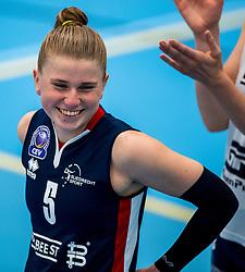 29-09-2018 NED: Supercup Sliedrecht Sport - Eurosped, Sliedrecht<br /> Sliedrecht takes the first price of the new season / Florien Reesink #5 of Sliedrecht Sport