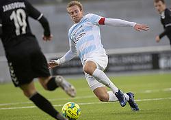Jonas Henriksen (FC Helsingør) tackler under kampen i 1. Division mellem FC Helsingør og Kolding IF den 24. oktober 2020 på Helsingør Stadion (Foto: Claus Birch).