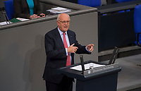 DEU, Deutschland, Germany, Berlin, 10.11.2016: Dr. Hans-Peter Uhl (CDU) bei einer Rede im Deutschen Bundestag.