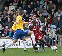 Photo: Steve Bond.<br />Scunthorpe United v Nottingham Forest. Coca Cola League 1. 10/03/2007. Cleveland Taylor (right) crosses