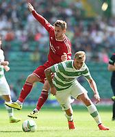 13/09/14 SCOTTISH PREMIERSHIP<br /> CELTIC v ABERDEEN<br /> CELTIC PARK - GLASGOW<br /> Celtic's John Guidetti does well to turn away from David Goodwillie (left)