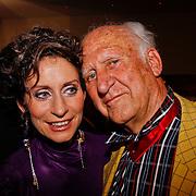 NLD/Utrecht/20100903 - Premiere Queen musical We Will Rock You, Pia Douwes met haar vader
